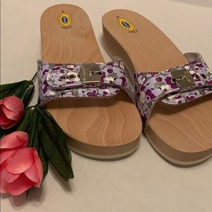 Dr Scholls original wooden sole sandals size 9